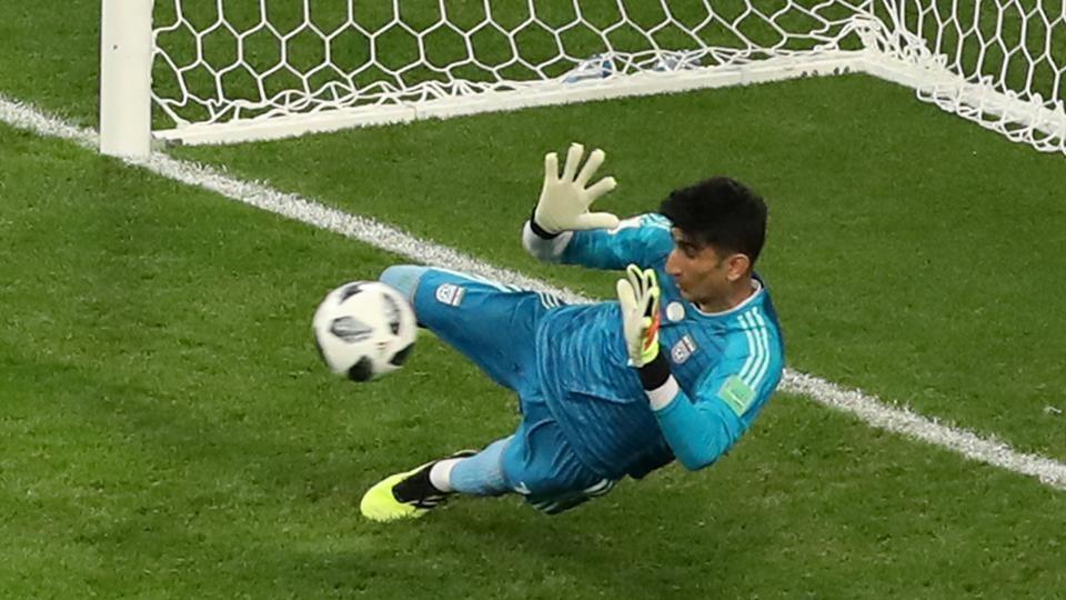 بیرانوند بهترین بازیکن آسیا در تاریخ جام های جهانی شد